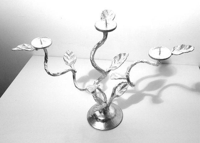 Подсвечник кованный на три свечи (1200руб)