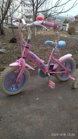 Продам детский велосипед на 2 - 3 года розовый добротный