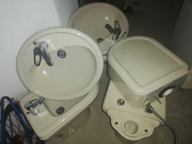 Loiças de casa de banho