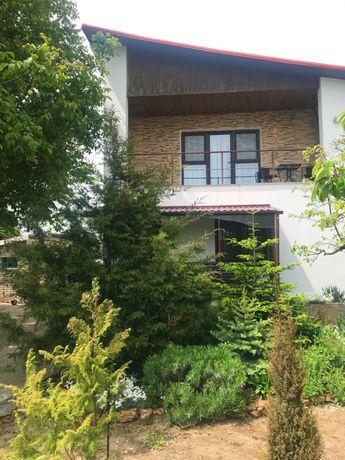 Сдаются второй этаж дома и номера в отдельном корпусе в Каролине-Бугаз