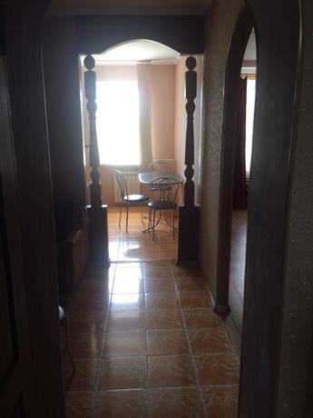 Сдаётся 3-х комнатная квартира с мебелью