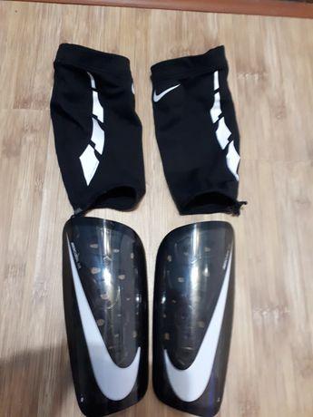Оригинальные футбольные щитки Nike Mercurial/ Lite размер М