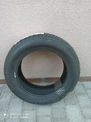 Продам шину  R15
