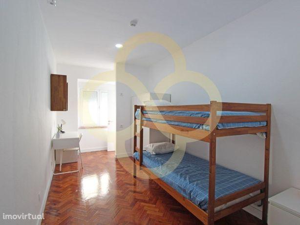 Quarto individual na residência de estudantes Acqua Roma ...