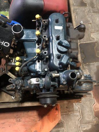 Silnik Kubota 722 wał pompa wtryskowa tłok korbowód