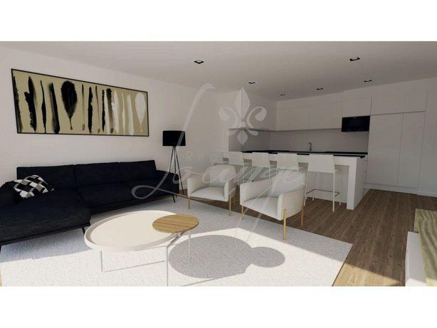Vende-se Apartamento T2 Novo com Varanda - Matosinhos Centro