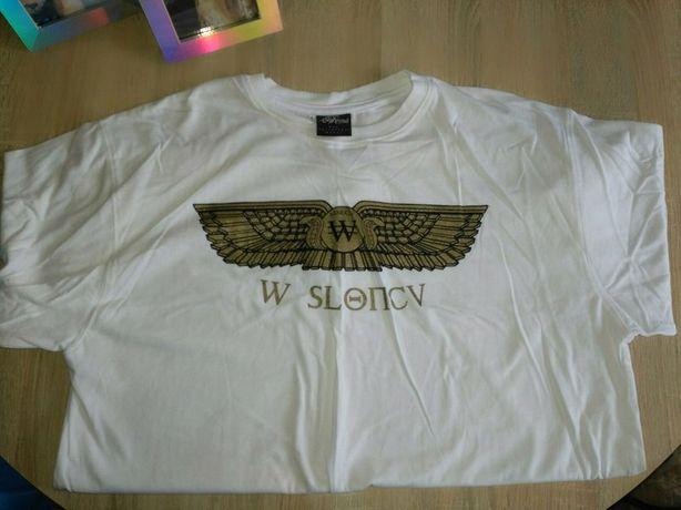 Biały t-shirt ze złotym motywem step records