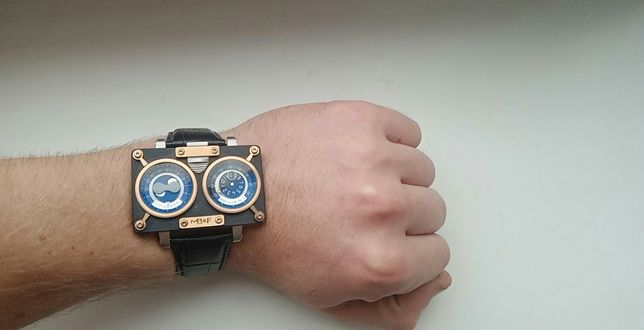 Часы мужские MB&F