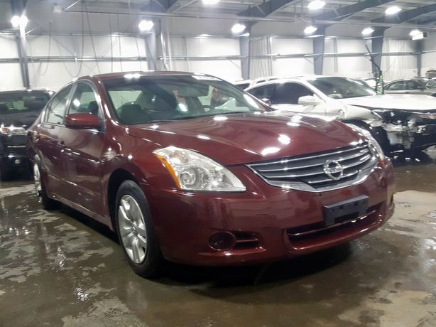 2010 nissan altima base