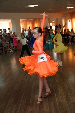 Платье латина для роста 140-155, красивое и удобное