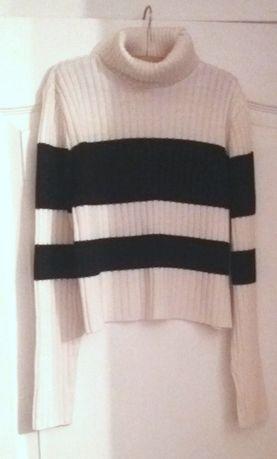 Комплект свитеров в полоску для девочки подростка