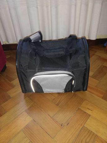 Transportadora para cão até 8 kg