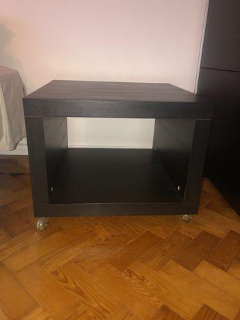 Móvel IKEA com rodas