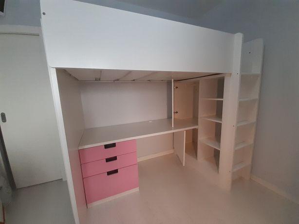 Beliche IKEA - Cama alta com roupeiro e secretária