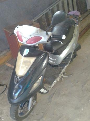Скутер Дефиант серый метал