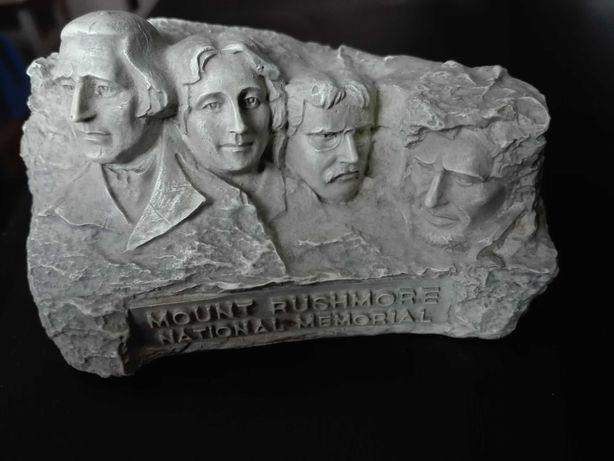 Figurka/kamien Góra Rushmore/mount rushmore