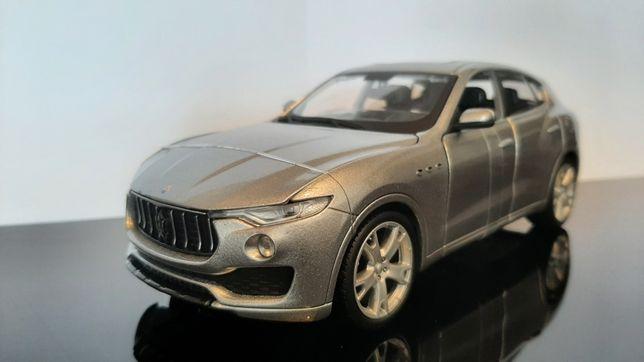 Miniatura Maserati Levante - escala 1/24