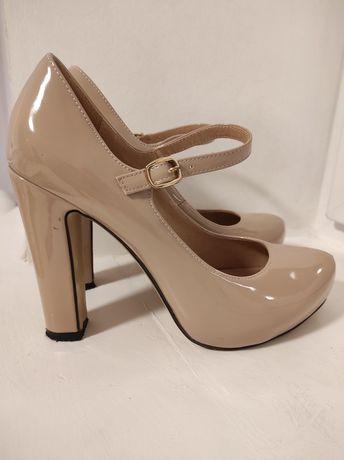 Туфлі жіночі. Туфли женские
