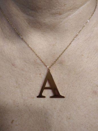 Naszyjnik z literką A 45 cm 24zł+pudełko 4 zł