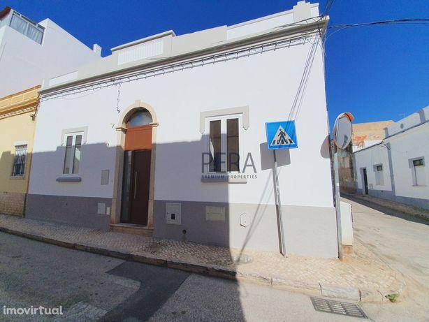 Moradia com 3 Quartos totalmente remodelada no centro de Portimão
