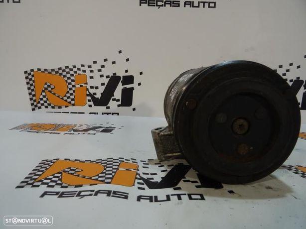 Compressor Do Ar Condicionado Bmw 3 (E46) 64.52-6905643 / 64526905643