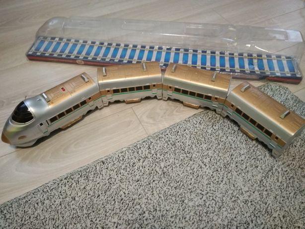 Потяг  іграшковий на батарейки