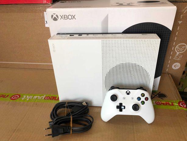 Konsola Xbox One S 500 GB model: 1681