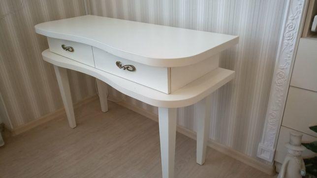 Шикарный стол индивидуального заказа в стиле Прованс