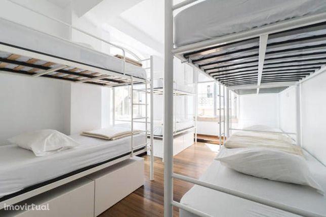 86 Cama Hostel à venda na Avenida Liberdade em um Edifício Independent