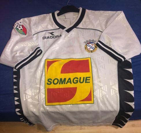 Camisola usada em jogo, pelo Diogo n2, do Alverca 2000/2001