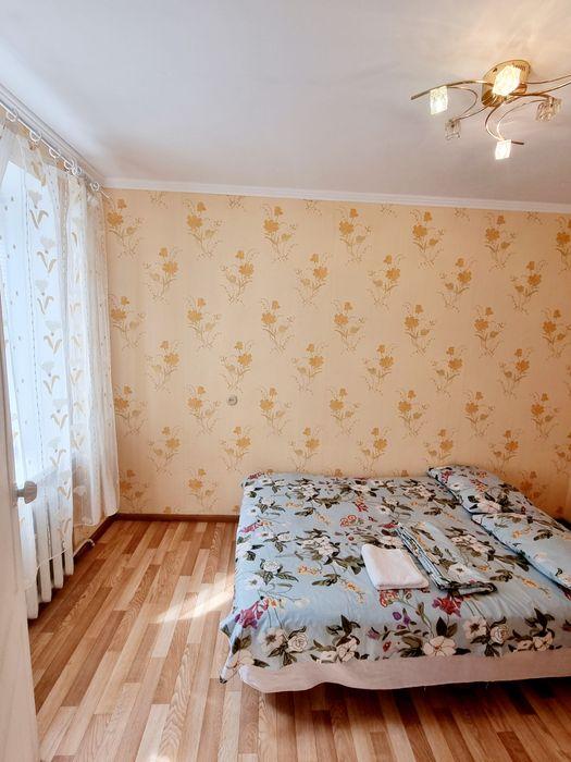 2к Квартира посуточно на пр. Александра поля-1