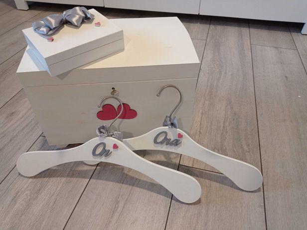 Ślubne pudełko na obrączki, skrzynka na koperty i wieszaki