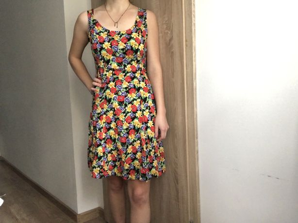Kwiecista wiązana sukienka Vintage
