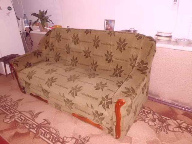 Продам двухспальный диван кровать