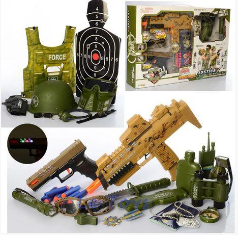 Игровой набор военного 34600 каска,бронежилет, автомат