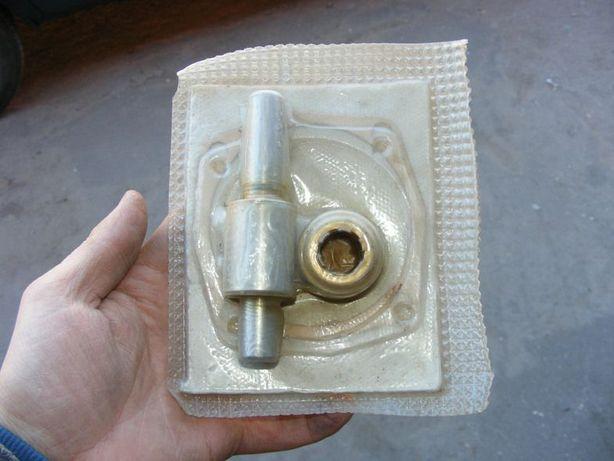 Ремкомплект помпы насоса охлаждения ваз 2101 СССР.