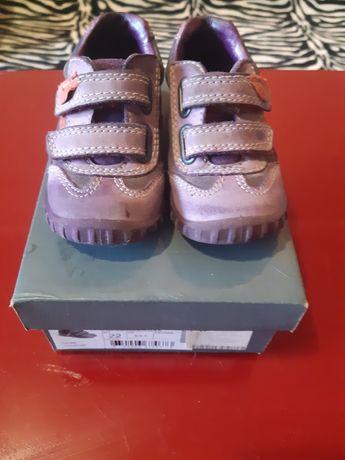 Детская обувь, кроссовки Ecco