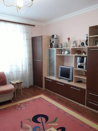 Здам кімнату в 4-ьох кімнатній квартирі БЕЗ РІЄЛТОРІВ І ПОСЕРЕДНИКІВ
