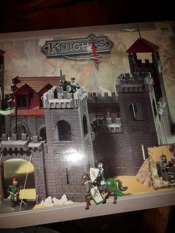 Sprzedam zabawkę-zamek do budowania