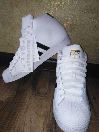 Кросівки фірмові Adidas чоловічі