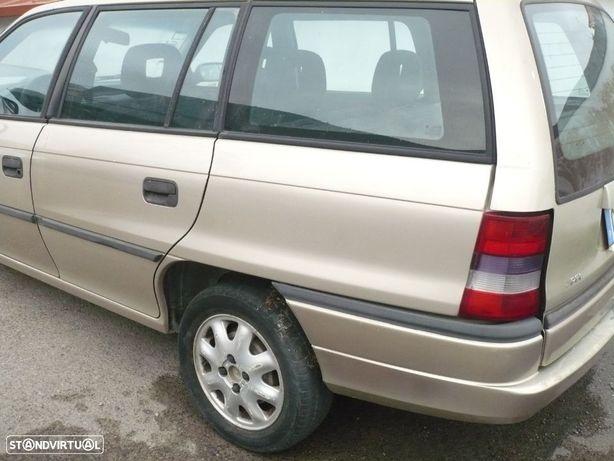 Opel Astra F 1.4i ( sw ) 1998 - Pecas de mevcanica e chapa