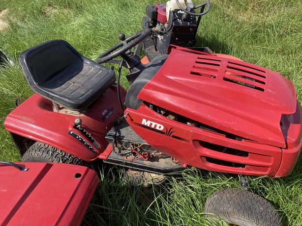 3 traktorki kosiarki ciągniczki do trawy mtd castel garden briggs