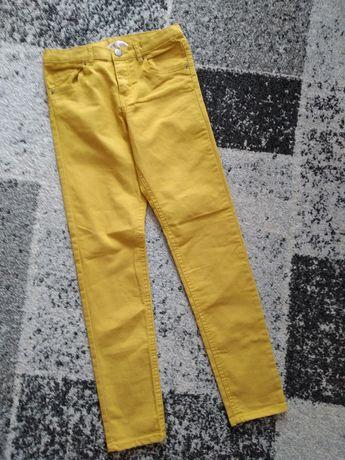 Spodnie rurki musztardowe r.146