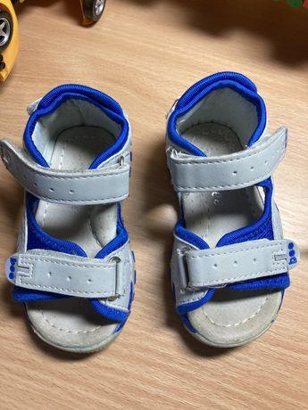 Босоножки сандалии clibee