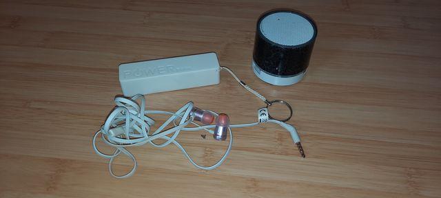 Słuchawki  jbl glosnik oraz powerbank