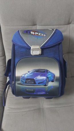 Рюкзак, портфеляь для школы