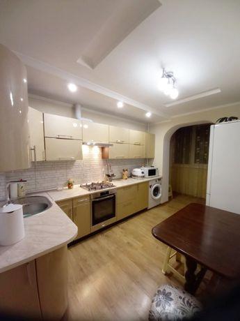 Срочно продам 3-х комнатную квартиру после кап ремонта на Высоцкого