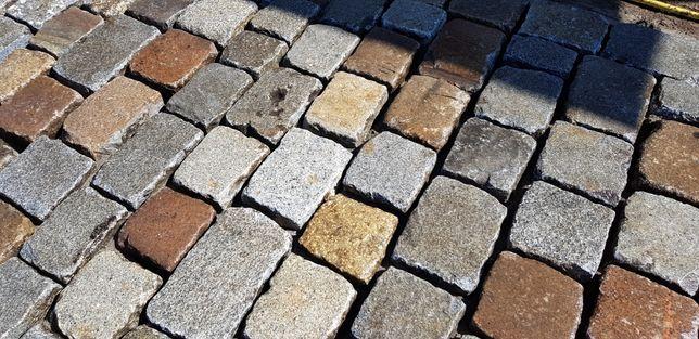 Bruk kostka granitowa starobruk kocie łby brukowiec stary granit