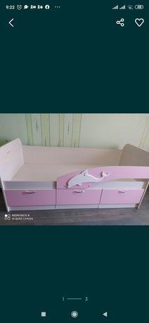 Кровать-дельфин для девочки