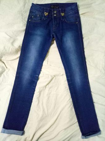 Джинсы,брюки 26 размер